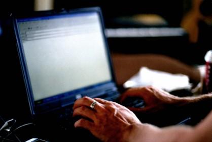 fe_da_writeemail_emailmistakesslideshow425x284_05152012104356